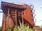 Liquidation containers, tanks, hoppers
